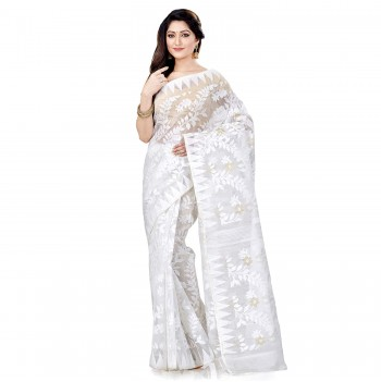 is soft dhakai jamdani saree best for this puja?